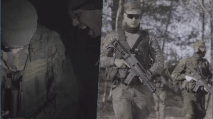 """Internete plinta vaizdo įrašas, kuriame uniformuoti vaikinai šaukia, jog """"sprogdina pydarus"""""""