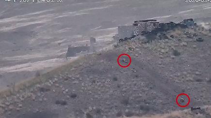 Armėnija ir Azerbaidžanas kaltina vienas kitą teritorijos, nutolusios nuo Kalnų Karabacho, apšaudymu – daugėja aukų