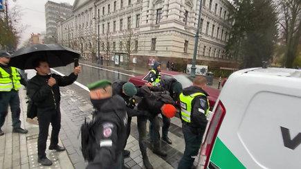 A.Paleckio palaikymo akcijoje sulaikytas policijos reikalavimų nevykdęs vyras