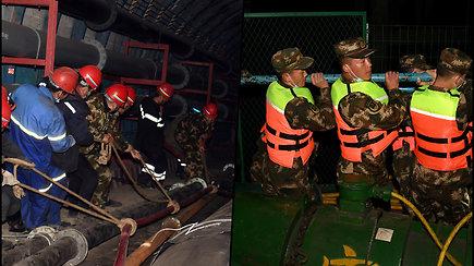 Nelaimė Kinijos anglių kasykloje –  po žeme užstrigo 21 angliakasys