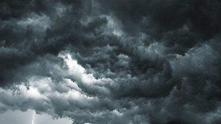 Sinoptikė: sulauksime daugiau kritulių, karštis po truputėlį trauksis