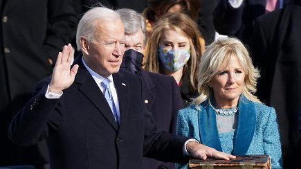 """JAV prezidentas J.Bidenas: """"Dar kartą pasimokėme, kokia brangi yra demokratija"""""""