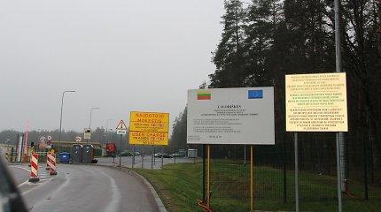 Tadžikai vilkikų vairuotojai lyg susitarę bruko Lietuvos pareigūnams draudimų klastotes