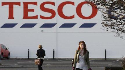 """Britų mažmenininkė """"Tesco"""" vėl imasi pertvarkos, kuri turės įtakos 9 tūkst. darbuotojų"""