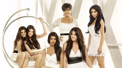 """""""Keeping Up With The Kardashians"""" eros pabaiga: po 14 metų eteryje nebeliks populiaraus realybės šou"""