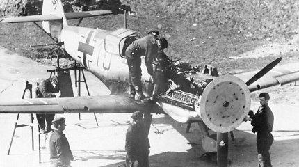 Senieji karo lėktuvai šaudė per besisukantį propelerį – tame yra gudri paslaptis