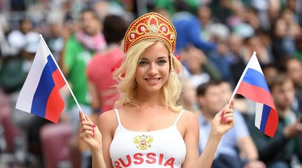 """Metai po pasaulio čempionato: rusai """"kabino"""" ir bučiavo, bet yra ir niūrių debesų"""