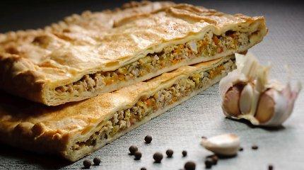 Kepame nesaldų pyragą su mėsa: nuo pažįstamų skonių iki egzotikos. 10 receptų