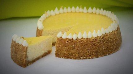 """""""Tekstorano"""" receptas: pasakiškai skanus keptas sūrio pyragas"""
