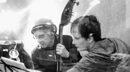 """""""Pelėdų kalno"""" kompozitorius Titas Petrikis sulaukė tarptautinio pripažinimo už garso takelį filme"""