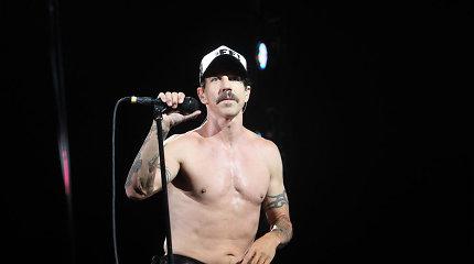 """Grupės """"Red Hot Chili Peppers"""" vokalistas Anthony Kiedis išgabentas į ligoninę"""