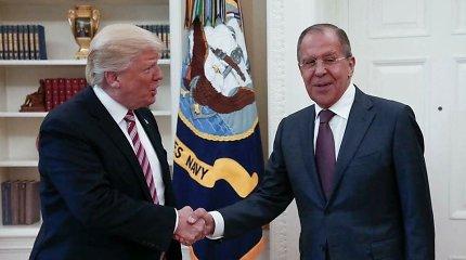 D.Trumpas Rusijos pareigūnams pareiškė, kad jam nerūpi, ar buvo kištasi į rinkimus
