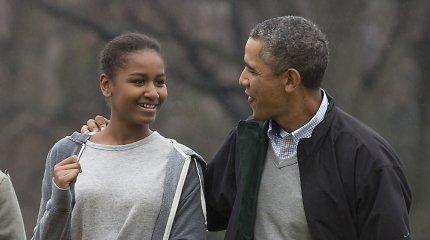 Jauniausia Baracko Obamos dukra Sasha užaugo: 17-metė išleistuvių nuotraukose – neatpažįstama