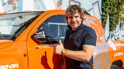 Benediktas Vanagas vėl pakeitė Dakaro bolido spalvą: kas nutiko?