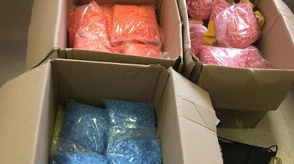 Žaislų beidrabužėlių iš Olandijos vežęs kaunietis slėpė 2 mln. eurų vertės krovinį
