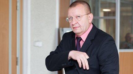 Neblaivus vairavęs Kriminalinės policijos viršininkas Algirdas Matonis prašosi atleidžiamas, bet neišleidžiamas