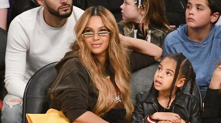 Beyonce dukra Blue Ivy laimėjo pirmąjį muzikos apdovanojimą – tapo jauniausia laureate