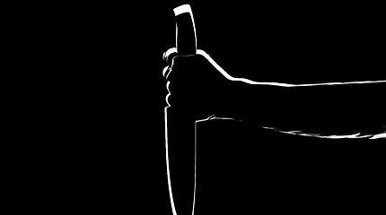 Lenkijoje hospitalizuotas peiliu užpultas katalikų kunigas