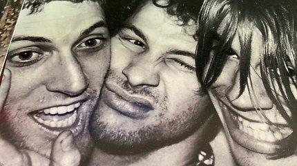 """Mirė grupės """"Red Hot Chili Peppers"""" gitaristas Jackas Shermanas"""
