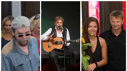 """""""Bardai"""" skambiai atšventė veiklos dešimtmetį: koncerte – publikos mylimi aktoriai ir muzikantai"""