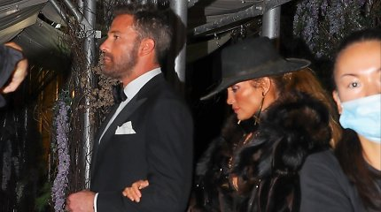 "Jennifer Lopez ""Met Gala"" pokylyje"