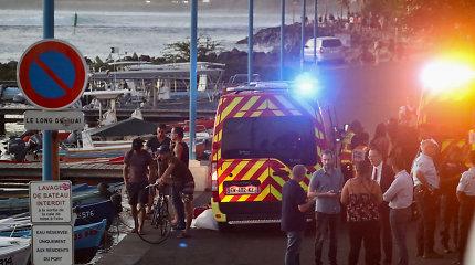 Prie Prancūzijos Reunjono krantų ryklys mirtinai sudraskė banglentininką