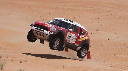 """""""Abu Dhabi Desert Challenge"""" dalyvis Stephanas Schottas: jeigu žmona sužinotų lenktynių kainą – mane nužudytų"""