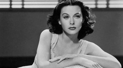 """Aktorė H.Lamarr: kaip gražuolė genialiomis smegenimis sukūrė pagrindą Wi-Fi ir """"Bluetooth"""" sistemoms"""
