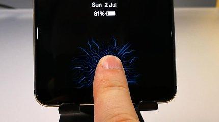 """Panašu, kad į """"iPhone"""" ekranus pirštų atspaudų skaitytuvo montuoti neketinama"""