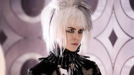 """Filmas """"Kaip pakabinti nežemišką paną"""" su Nicole Kidman"""