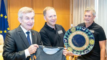 Rekordą pasiekusiems Lietuvos buriuotojams – Seimo pirmininko įvertinimas ir naujas iššūkis Karibuose