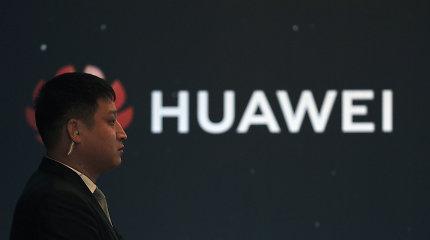 """Tarp """"Huawei"""" ir JAV iškastas karo kirvis. O kas bus paprastiems vartotojams?"""