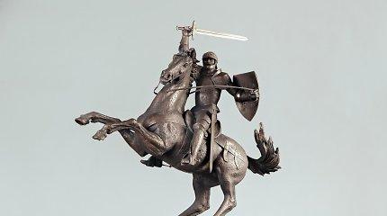 Pristatyti skulptūros laisvės kovoms įamžinti Lukiškių aikštėje modeliai