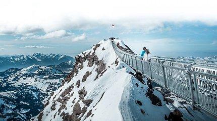 Kur Europoje rasti vietą, kur tiltu galima pasivaikščioti tarp kalnų viršūnių