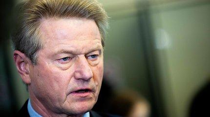 Seimas vėl ėmėsi keisti Konstituciją dėl per apkaltą pašalintų asmenų