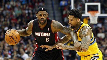 """NBA: """"Heat"""" išsigelbėjo Denveryje, """"Suns"""" ir """"Pelicans"""" klubai šventė pergales"""