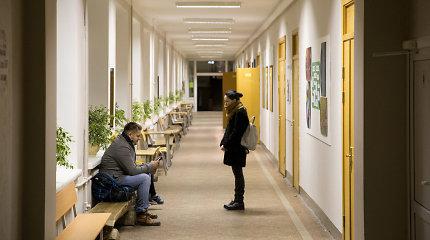 Vilniuje buvo evakuota apie 150 gyventojų, bet Simono Daukanto gimnazijoje prisiglaudė vienetai