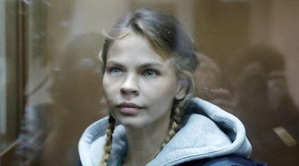 Baltarusė, neva žinanti D.Trumpo paslapčių, paleista iš Rusijos kalėjimo