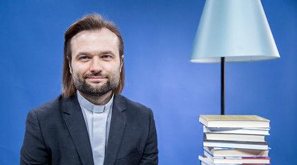 Kunigas Algirdas Toliatas: apie įsimintinas knygas, Biblijos svarbą ir literatūrinę sėkmę