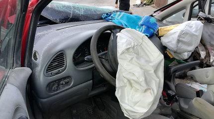 Klaipėdos rajone neregistruoto automobilio vairuotoja sukėlė avariją