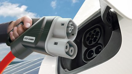 Liepą pirmąkart užfiksuotas elektromobilių paklausos kritimas