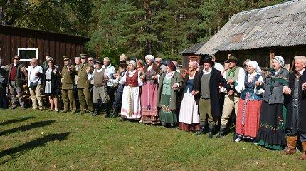 Prie A.Ramanausko-Vanago ir J.Vitkaus-Kazimieraičio vadavietės Kasčiūnuose skambėjo patriotinės kalbos ir dainos