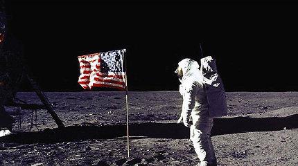 Kaip Buzzas Aldrinas, pasakojęs apie ateivius Mėnulyje, įveikė patikrinimą melo detektoriumi