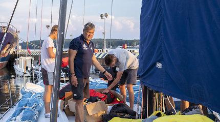 """""""Ambersail 2"""" pakėlė bures į Švedijos regatą: iki lenktynių starto turi perplaukti Baltijos jūrą"""