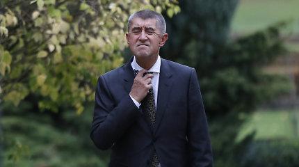 Čekijos premjeras kaltinamas Kryme pagrobęs liudyti dėl korupcijos turėjusį sūnų