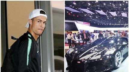 """Cristiano Ronaldo automobiliai: nuo """"Koenigsegg"""" ir """"Ferrari"""" iki brangiausių pasaulyje ratų"""