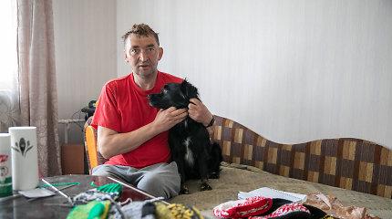 Po sunkių išbandymų Kęstutis pagaliau turi namus ir mėgstamą veiklą – mezgimą