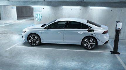 """""""Peugeot"""" pristato rinkai įkraunamus hibridinius variklius"""