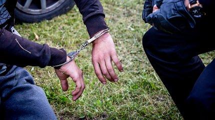 Vilniuje įkliuvo kriminalinės policijos pareigūnas: koją pakišo narkotikai