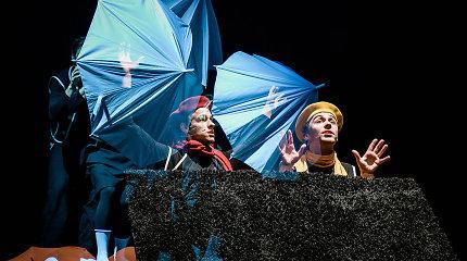 """Keistuolių teatro premjera """"HOP!"""" šuoliuoja per netikėtas Donaldo Bisseto istorijas"""